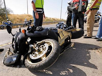 Consulta Gratuita en Español con Abogados de Accidentes de Moto en Elgin