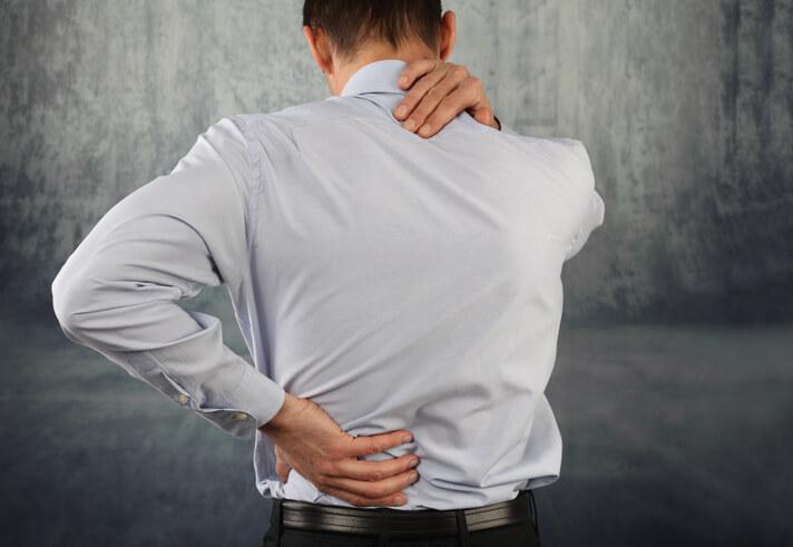 Abogados de Lesiones, Fracituras y Golpes en el Cuello y Espalda en Elgin.