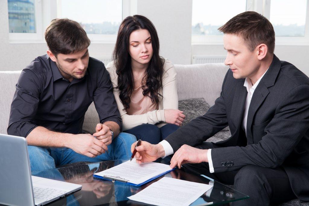 La Mejor Firma con Abogados Especializados Para Prepararse Para su Caso Legal, Representación Legal de Abogados Expertos Elgin