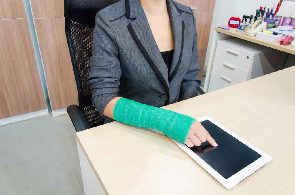 La Mejor Asesoría Legal de Abogados de Accidentes de Trabajo, Demanda de Derechos y Beneficios Cercas de Mí en Elgin