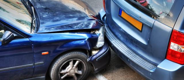 El Mejore Bufete Jurídico de Abogados Especializados en Accidentes y Choques de Autos y Carros Cercas de Mí en Elgin